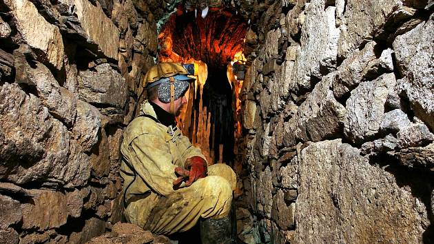 Důl Mauritius, který je novou národní kulturní památkou Karlovarského kraje, byl převeden do vlastnictví města Abertamy a na podzim by měl přivítat první návštěvníky.