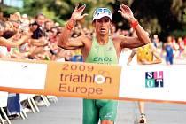 Filip Ospalý, nejlepší český triatlonista, si v loňském roce podmanil vítězstvím v City triathlonu lázeňské město.