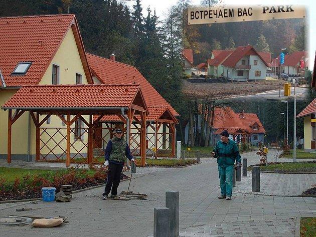 BUDE TO PODOBNÉ? l Lidé v Nejdku se obávají, aby v případě prodeje pozemků nevznikla v lokalitě Šibeníku podobná ruská satelitní vesnice jako v Březové u Karlových Varů.