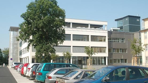Nemocnice Karlovy Vary. Pavilon akutní medicíny.