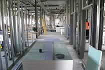Budoucí plicní oddělení je zatím staveništěm, ale vše má být hotovo do konce roku.
