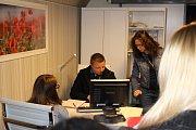 Studenti středních škol v Karlovarském kraji mohou navštívit interaktivní výstavu. Po Karlových Varech se protidrogový vlak přesouvá do Chodova a Sokolova