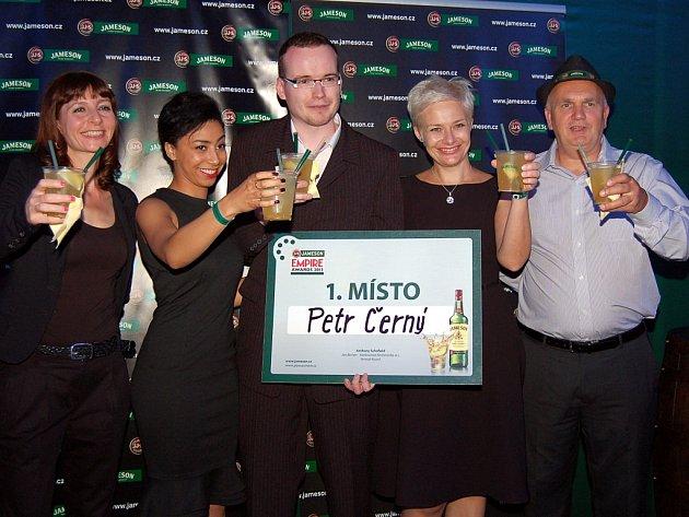 Petr Černý (uprostřed) a jeho Vřískot vyhrál loňský ročník Jameson Done in 60 Seconds.