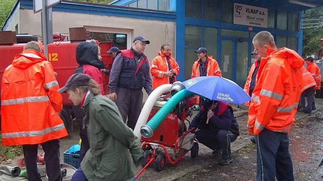 Jednotky dobrovolných hasičů jsou prakticky ve všech obcích a patří mezi nejdůležitější organizace nejen na venkově, a to z různých hledisek.