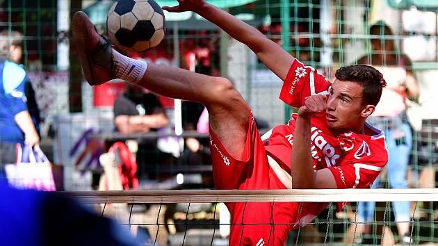 Karlovarsko vstoupilo úspěšně do nového ročníku extraligy, když porazilo Příbram 3:0 na sety.