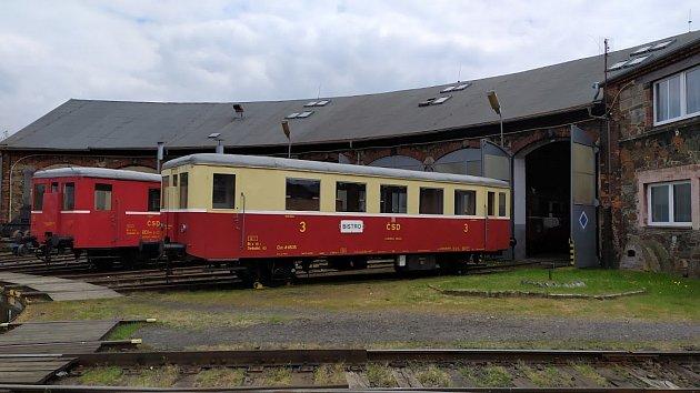 1 Strojvedoucí Petr Proft dnes přiznává, že jako malého ho nechali řídit lokomotivy.