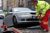 pro motoristy tak nepopulární odtah vozidel v K. Varech podraží.