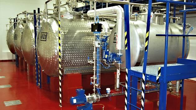 proslulý karlovarský likér vzniká v novém výrobním závodě v Bohaticích