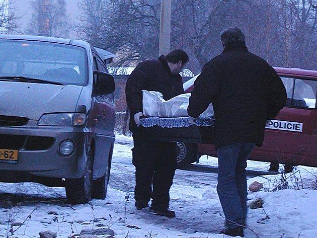 Nocování venku se může stát v zimě bezdomovcům osudným. Vloni v dubnu doplatil na mrazivé počasí muž ve Dvorech.