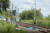 Pětapadesátiletý muž v sobotu 2. června zahynul pod koly vlaku na železniční trati ve Staré Roli.