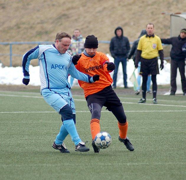 Bečov uhrál v Drahovicích remízu 3:3 s týmem Dvorů.