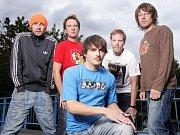 punková kapela Znouzectnost