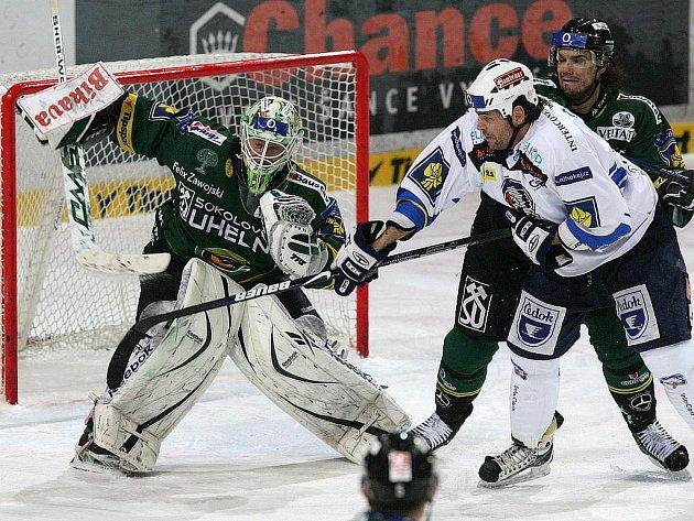 Postupové naděje do play off pro hráče HC Energie definitivně skončily utkáním s už jistým vítězem základní části v Plzni, kde prohráli 3:2.