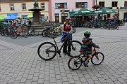 Karlovarský kraj a město Sokolov připravily pro všechny cyklisty a cykloturisty oslavu oblíbené cyklostezky podél řeky Ohře.