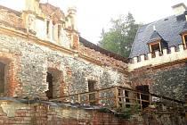 Sporné dotace do Horního hradu se týkaly roku 2011. Ministerstvo kultury poskytlo památce 900 tisíc