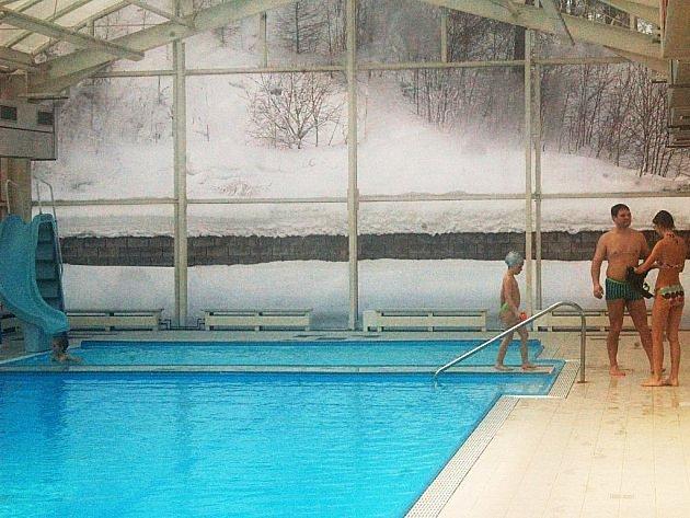Obyvatelé bazén chtějí, ale nájemci zájem nemají.