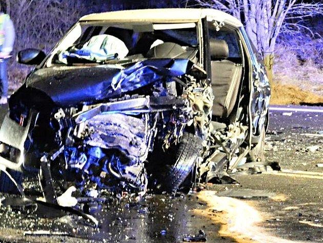 Deset dopravních nehod řešila během čtyřiadvaceti hodin policie.