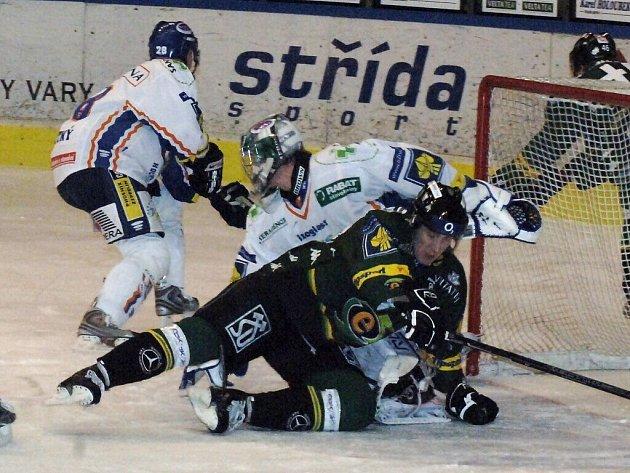 Hokejový zápas karlovarské Energie s Kladnem.