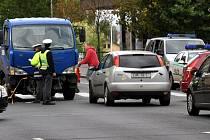 Nedání přednosti v jízdě bylo příčinou dopravní nehody, ke které došlo na křižovatce Západní a Engelovy ulice v Karlových Varech