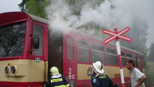 Hornoblatenští hasiči zasahovali také při požáru vlaku.