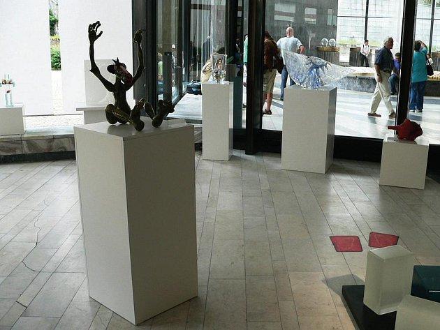 Festival uměleckého skla se ve Vřídelní kolonádě koná již poosmé.