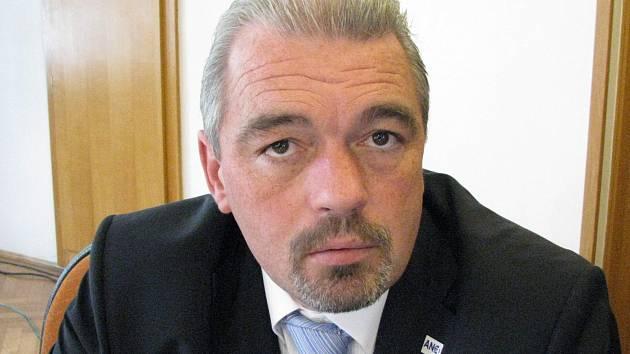 Čestmír Bruštík