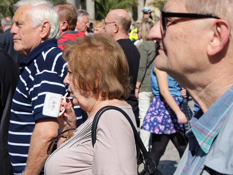 O Karlovarský kraj a lázeňská města mají turisté zájem.