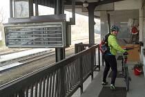 ZMĚNY V JÍZDNÍCH ŘÁDECH přivítají určitě i cyklisté a lyžaři, kteří cestují vlaky do Krušných hor.