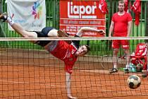 Nohejbalisté SK Liapor Witte Karlovy Vary naskočili do Ligového poháru v domácím prostředí, kde remizovali se Vsetínem 5:5.