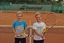 Po dva víkendové dny hostila Skalka v Chebu na svých kurtech okresní přebory mladších žáků v tenise.