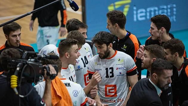 Poslední finále dnes čeká volejbalisty Karlovarska, kteří mohou v případě výhry nad Jihostrojem pomýšlet na mistrovský titul.