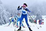 Sportovci v trikotu Karlovarského kraje si řádně užívají zimní olympiádu dětí a mládeže,