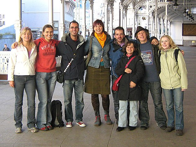 Portugalským návštěvníkům Karlových Var se město líbilo. Nádraží už méně.