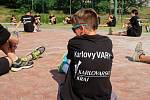 Krátce po startu letní přípravy mistrovského mužstva VK ČEZ Karlovarsko se na nadcházející sezonu začali chystat i junioři. Prvních deset dní stráví hlavně pod širým nebem.