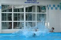 Bazén v Potůčkách zavírá.