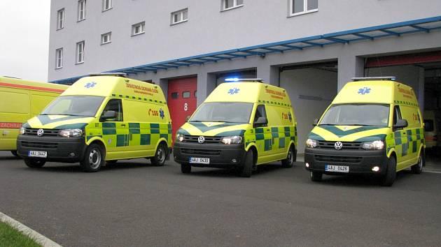Tři nové sanitky se hlásí do služby