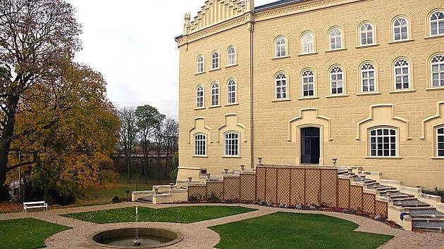 Chyšský zámek Lažanských.