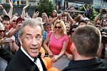 Mel Gibson v Karlových Varech převzal Křišťálový glóbus za mimořádný umělecký přínos světové kinematografii