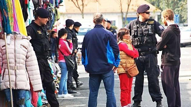VELKÝM PROBLÉMEM Karlovarského kraje jsou omamné a psychotropní látky. A to i v souvislosti s prodejem pervitinu německým občanům na vietnamských tržnicích.