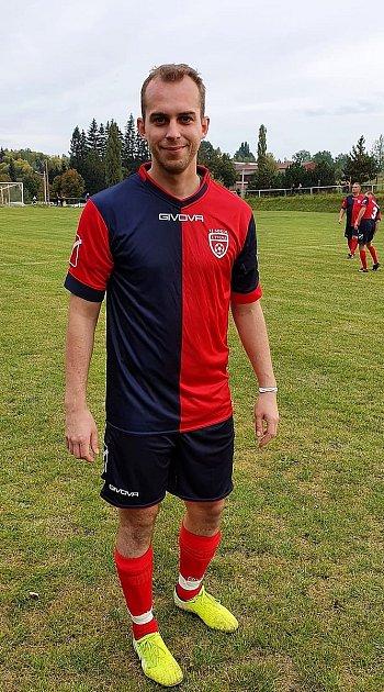 Útočník Michal Diviš patří kzákladním kamenům útvinské jedenáctky. Na jeho zkušenosti a góly tým spoléhá ivokresním přeboru.