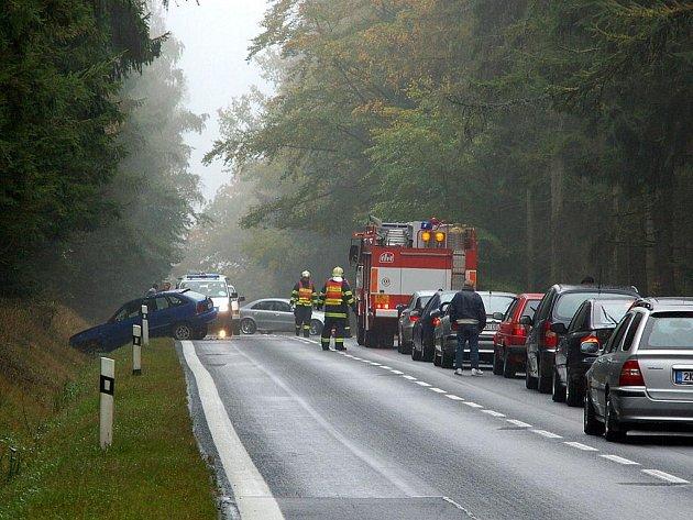 Silnice mezi Aší a Hazlovem se opět stala místem dopravní nehody.