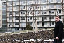 Balkony v karlovarské nemocnici nespadnou. Všechny budou postupně opraveny.