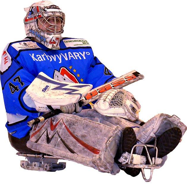 GÓLMAN. Brankář Bohumír Mach byl vyhlášen nejlepším hráčem karlovarského týmu po vyhraném utkání se Studénkou.