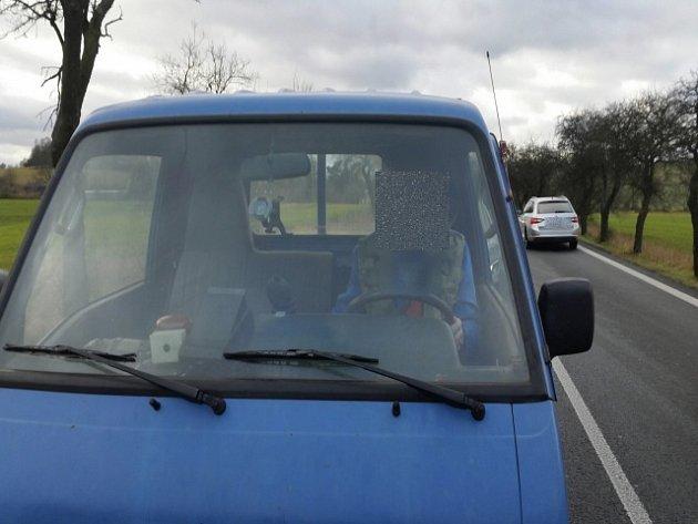 Za nebezpečné vyhrožování hrozí řidiči náklaďáku až tři roky.
