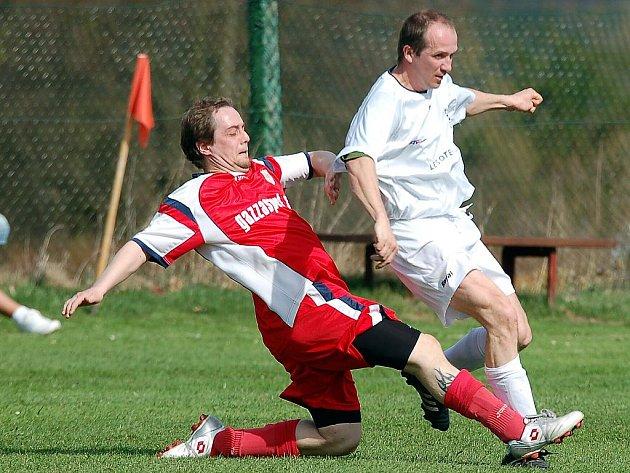 Druhou porážku v řadě si na své konto připsali fotbalisté Stanovic. Tentokrát podlehli na domácí půdě vedoucímu týmu tabulky Merklínu 1:4.