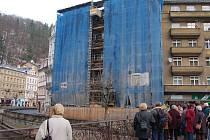 Bez střechy. Quissisana je podle města i investora opravována v souladu s povolením památkářů.