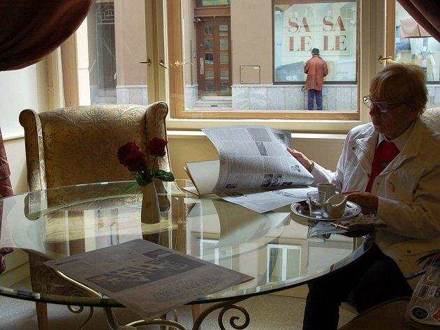 O KLIENTELU usiluje na trhu od druhého pololetí letošního roku také nový karlovarský hotel Ambassador Národní dům. S jeho startem jsou zatím jeho provozovatelé spokojení.