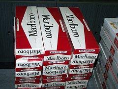 Celníci zabavili tisíce kusů cigaret.