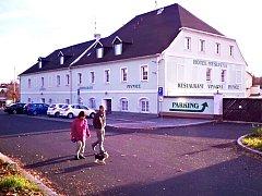Hotel Myslivna, který město před časem koupilo.