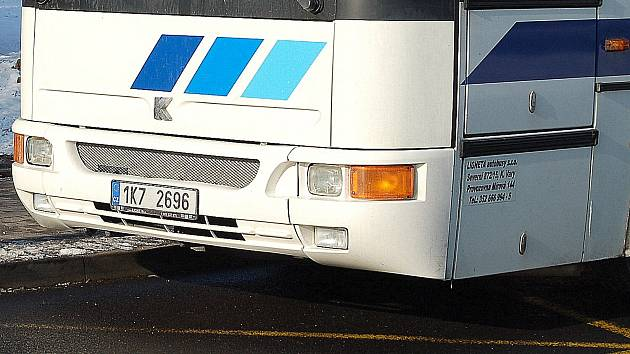 Řidiči chybí v nákladní i osobní přepravě